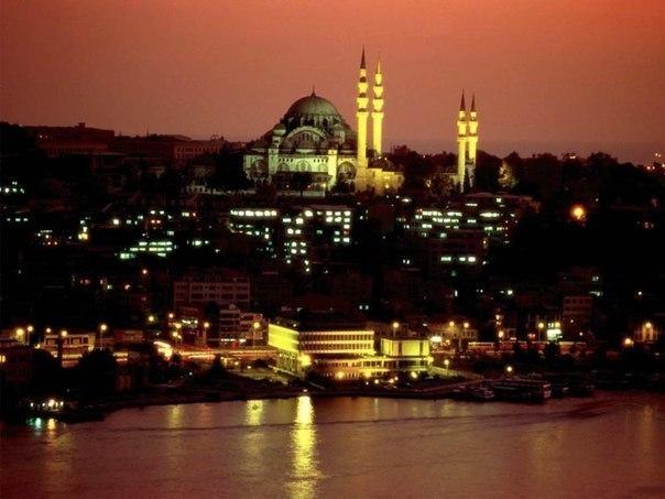 Ночной Стамбул, Турция