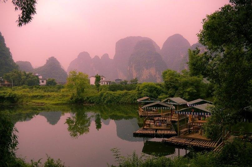 Река Лицзян — одна из самых красивых и живописных рек, что находятся в Китае.