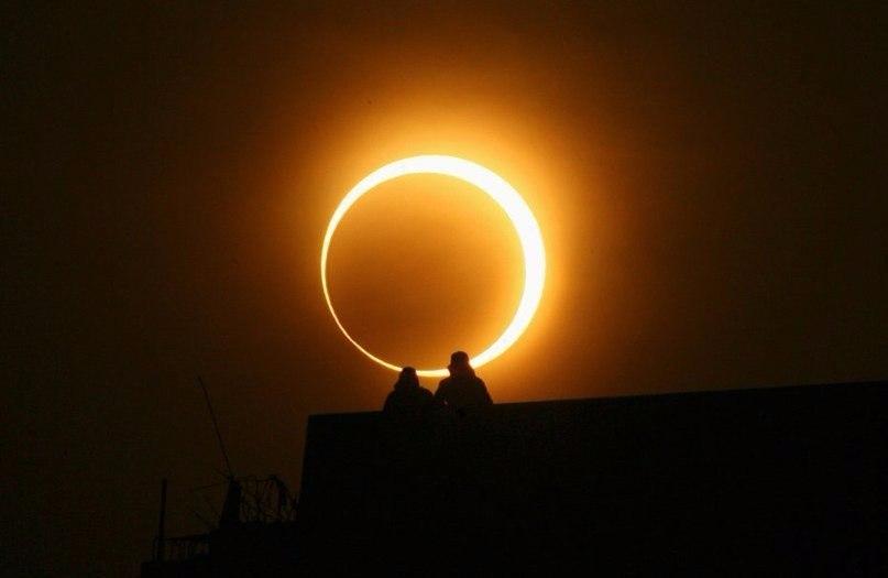 Великолепные фотографии солнечного затмения со всего мира!