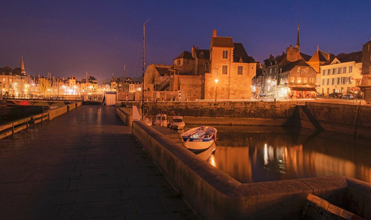 Онфлёр, Франция