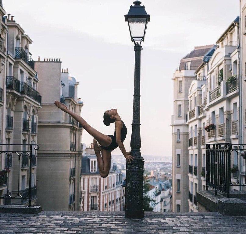 Париж и грация. Что может быть прекраснее?